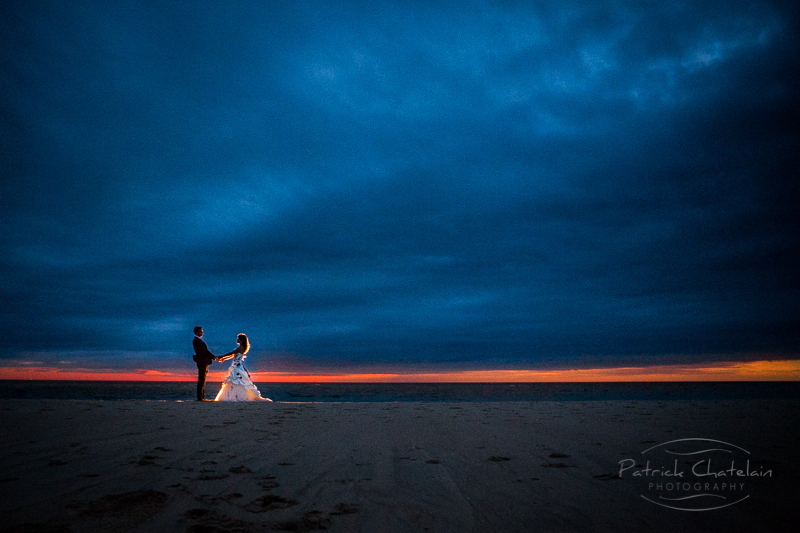 NIGHT IMAGE OF A COUPLE BY THE OCEAN NEAR BORDEAUX, FRANCE