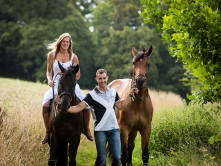Session photo à cheval sur Pau, Photographe de couple Pau